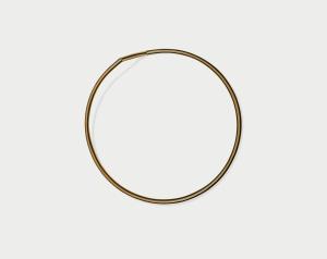 "Martin Puryear, Untitled, 1981-82; Painted ponderosa pine, 58"" (147.3 cm) diam., 9 3/8"" (23.8 cm) deep; Private collection, Atherton, California; © 2007 Martin Puryear"