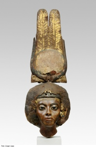 Queen Tiye, Egyptian, Medinet el Ghurob, New Kingdom, Dynasty 18, reign of Amenhotep III, ca. 1355 B.C., Yew wood, silver, gold, lapis lazuli, faience, H(max) 32.7 cm., Gift of James Simon, 1920, Egyptian Museum, Berlin