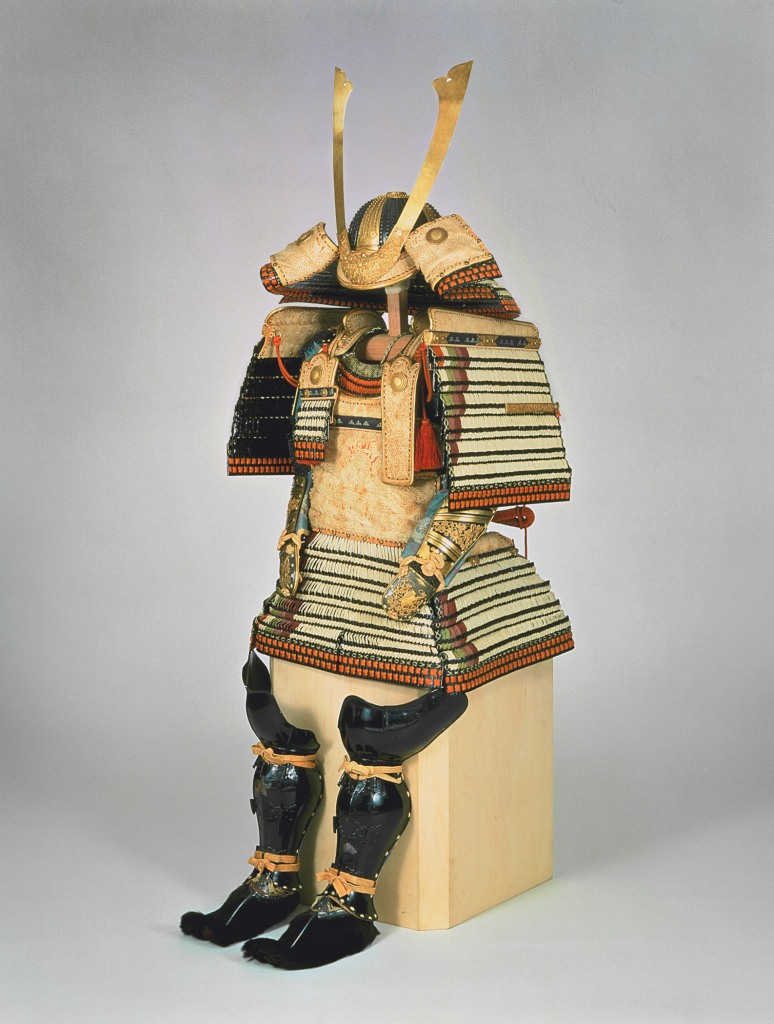 Ōyoroitype armor (replica), white cord lacing with diagonal corner accents (tsumadori), replica of a suit worn by Hosokawa Yoriari (1332–1391), Japan. Edo period, 1829 (after 14th century original). Iron, gilt bronze, metal, tooled leather, lacquer, braided silk, fur. Eisei Bunko Museum, 4082. © Eisei Bunko, Japan.