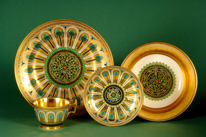 Intended for 500 people the service included 2000 dinner plates 1000 soup plates and 1000 dessert ... & The Tsarsu0027 Cabinet: Two Hundred Years of Russian Decorative Arts ...