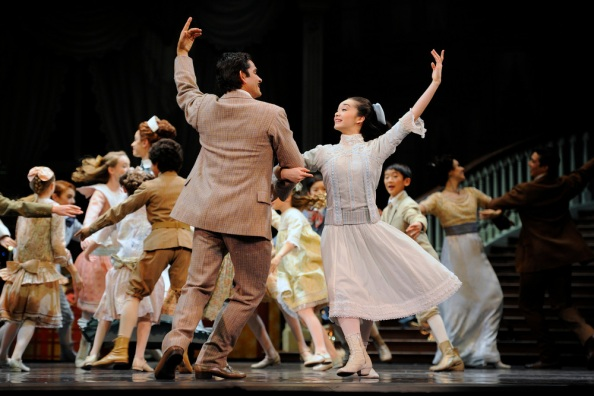 "San Francisco Ballet in Helge Tomasson's ""Nutcracker,"" December 7-28, 2012, at War Memorial Opera House.  @ Erik Tomasson"