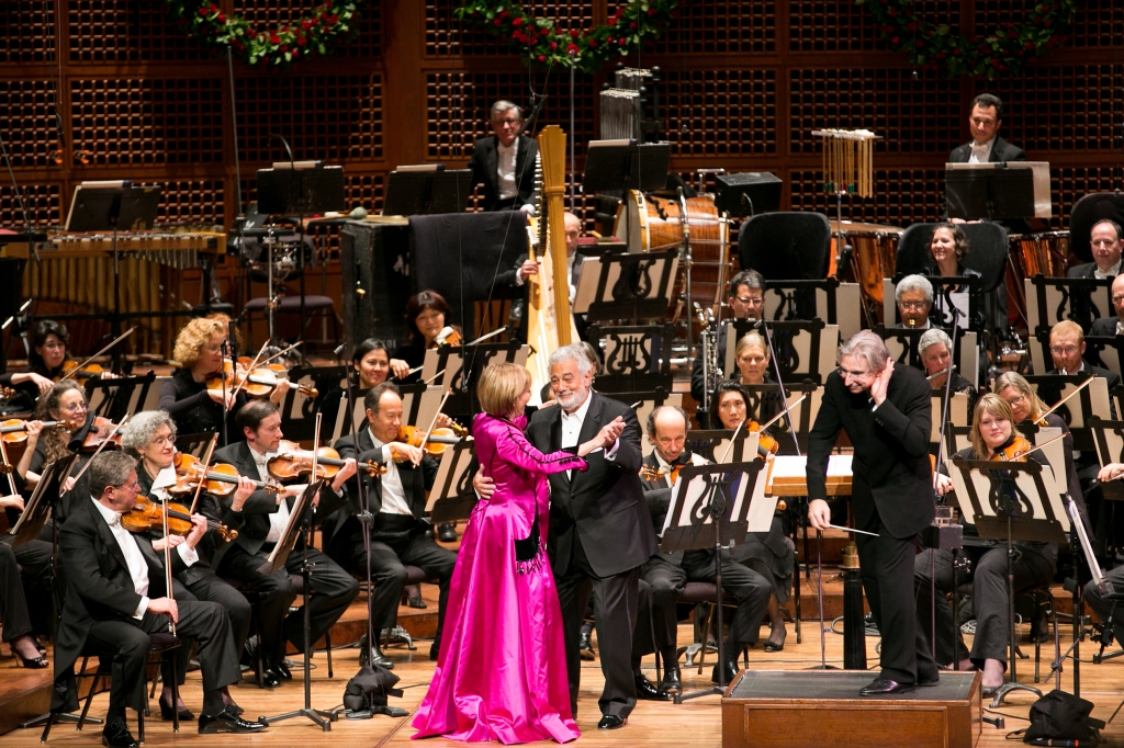 "Frederica von Stade (""Flicka"") and Plácido Domingo's ""Lippen schweigen"" duet from Lehár's ""The Merry Widow"" concluded with a delightful waltz.  Photo: Moanalani Jeffrey Photography"