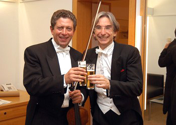 SFS Concertmaster Barantschik and Music Director Michael Tilson Thomas in Cologne, Germany, in 2002.