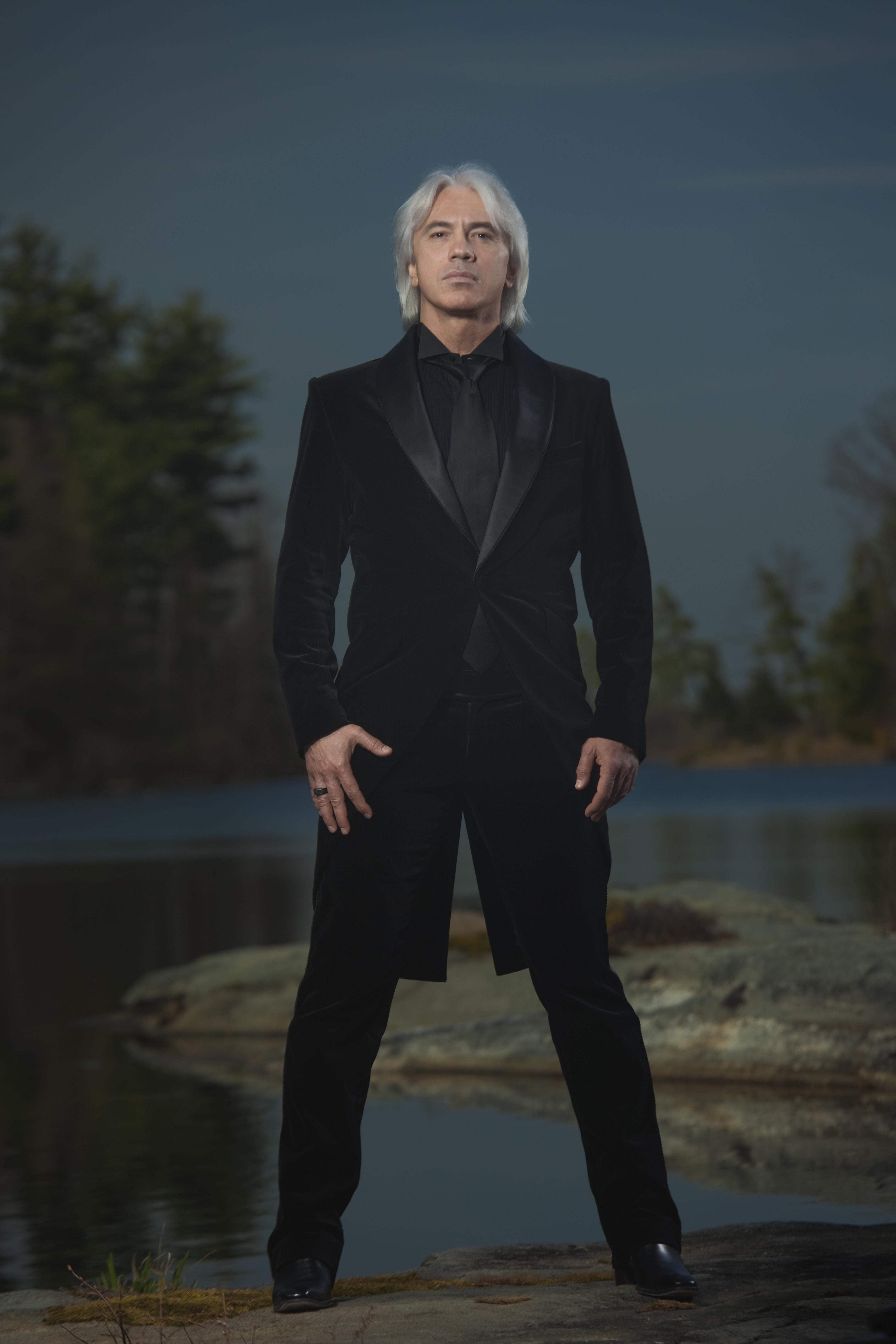 The heirs of Dmitry Hvorostovsky will have to divide his London townhouse 11/24/2017 26